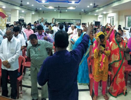 FEC Leaders Help Train Pastors and Children's Workers in India