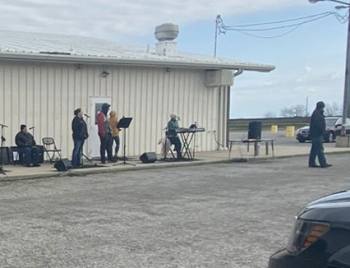 Wave Community Church Hosts Drive-in Easter Service